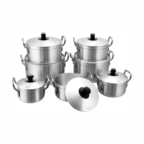 Polish and sanding aluminum pot
