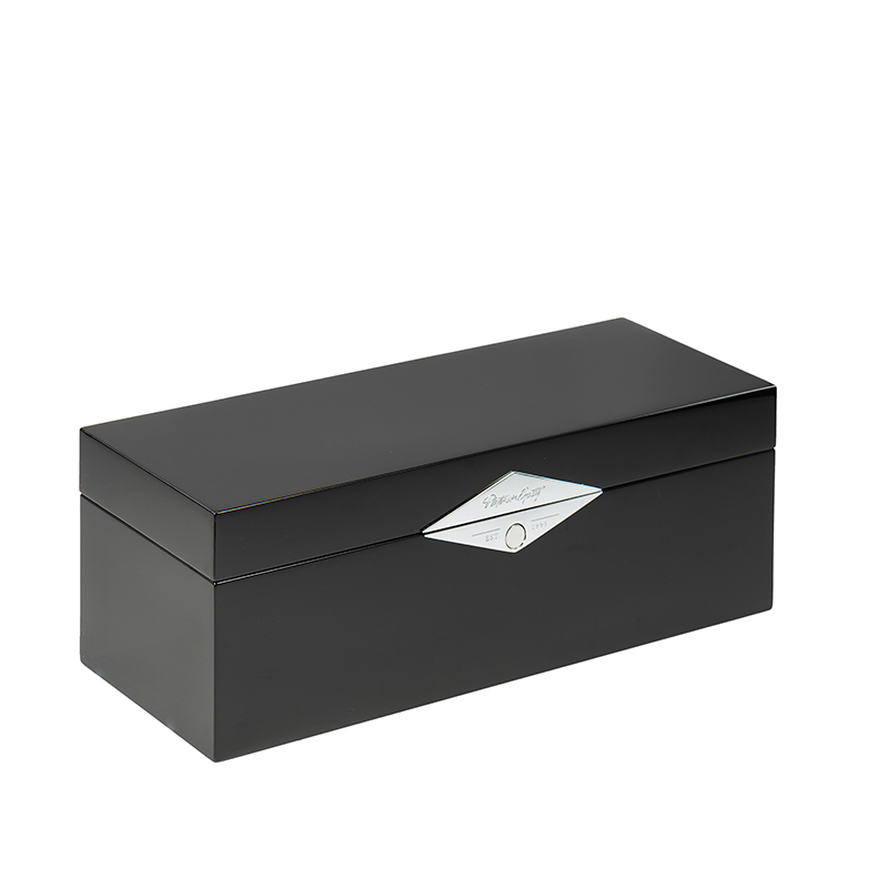 Black High Glossy Wooden Gift Packaging Box With Silver Plaque For Liquor