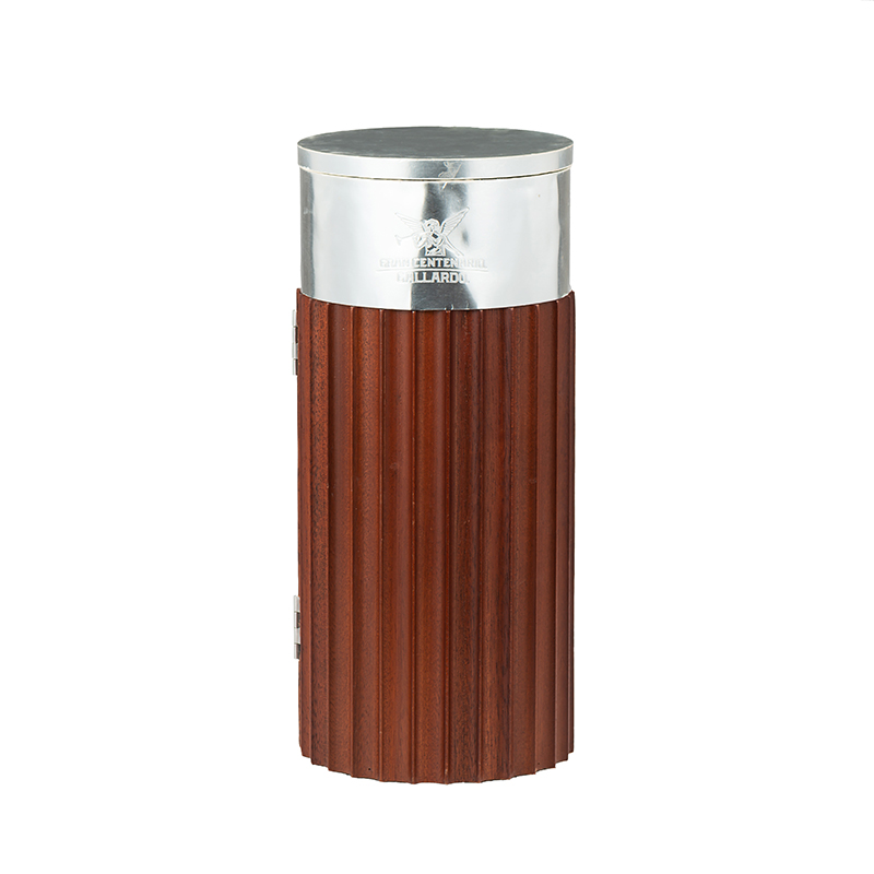Cylindrical Wooden Liquor Packaging Box With Silver HeadNone