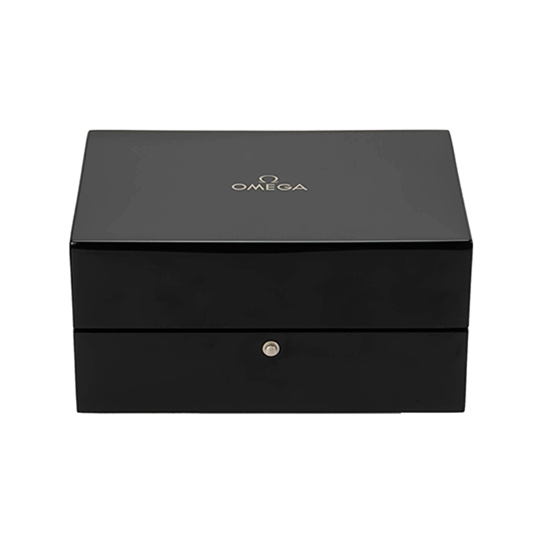 High End Matt Lacquered Wooden Gift Packaging Box With Cushion For WatchNone