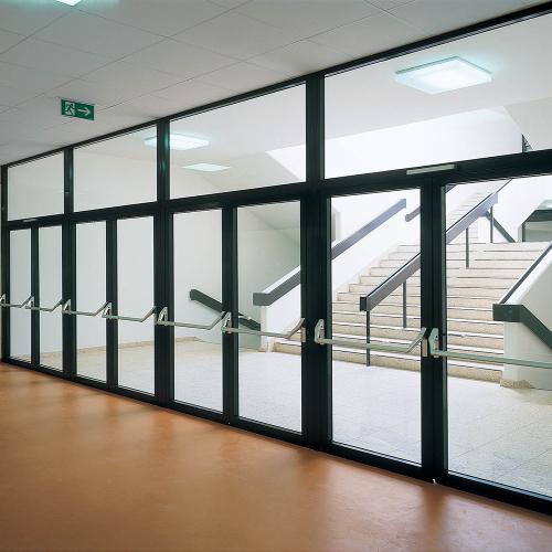 富新醫療門門診大廳玻璃門