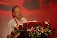 李秉仁會長出席2012首屆中國設計發展年會演講