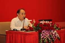 牛文元參事出席2012首屆中國設計發展年會演講