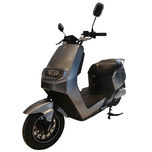 轻便电动摩托车 VILA