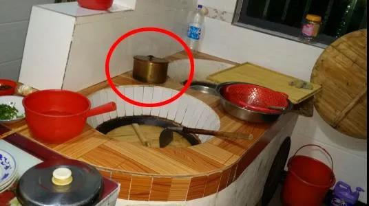 据说这种铜器很多人都没见过,以前家家户户都有!
