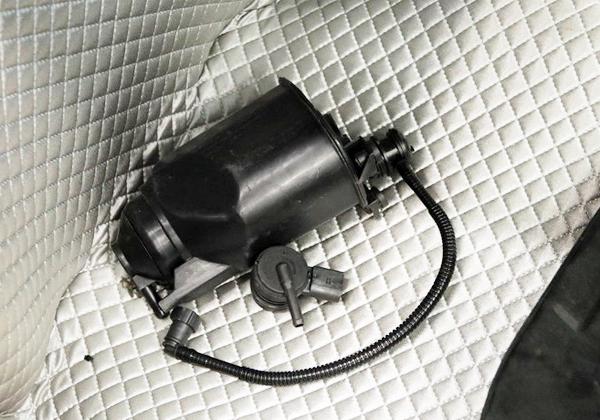 汽车炭罐的原理及作用
