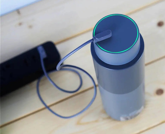 Simita's artificial intelligence IoT vacuum flask allows you to drink more hot water scientifically