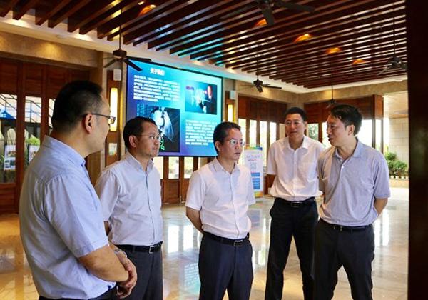 海南省科技厅副厅长朱东海调研三亚高新技术产业园