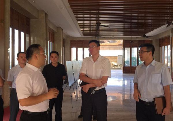 市科工信局局长周俊带队考察云港园区和信投公司