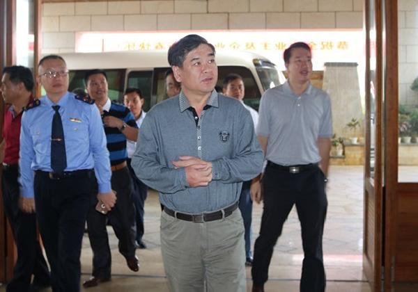 李柏青副市长春节赴三亚云港检查i-Sanya运营情况