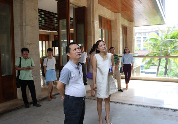 市人社局及财政局领导考察三亚云港园区