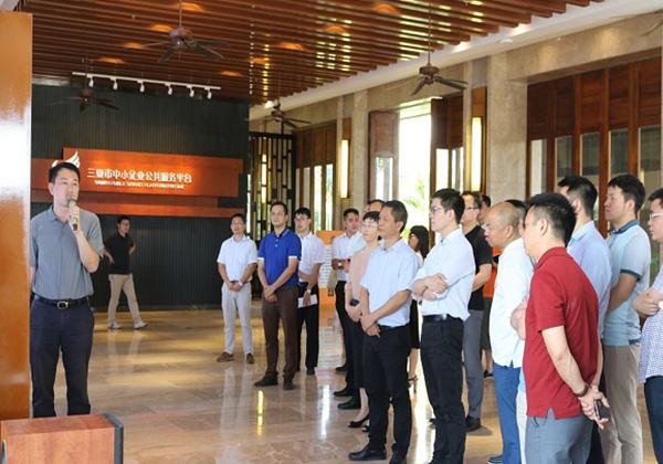 国内知名互联网企业家代表团考察云港互联网创业基地