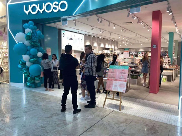 YOYOSO opened its new store in Sylvia Park mall of Auckland city which is the largest shopping center in New Zealand