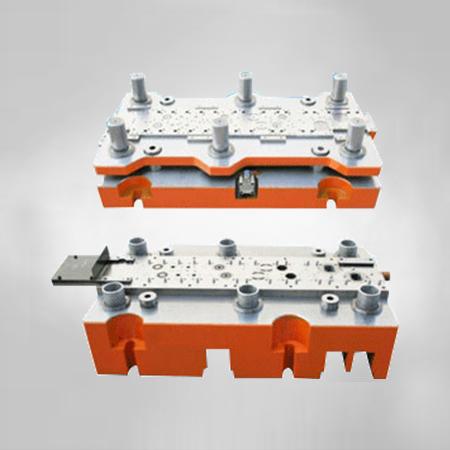 φ56串激电机铁芯级进模